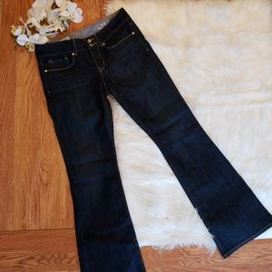 NWOT Gap 1969 perfect boot jeans